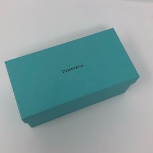Tiffany & Co., Classic Tiffany Blue Box